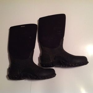 Bogs Shoes - Bogs Men's Size 9 Classic Ultra Mid Insulated